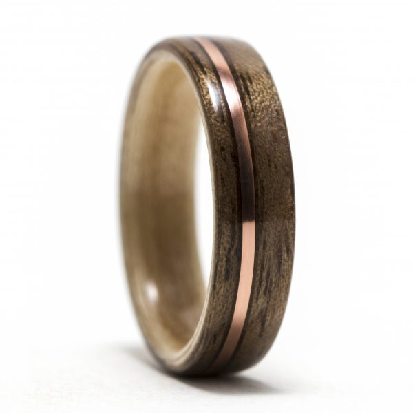 Walnut wood ring lined with maple and copper inlay