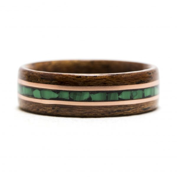 Mahogany wooden ring inlaid with malachite and copper