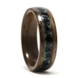 Walnut Wood Ring Inlaid With Malachite And Obsidian